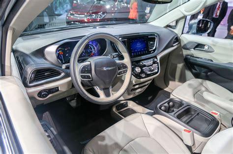 2017 chrysler pacifica interior 2017 2018 best car reviews