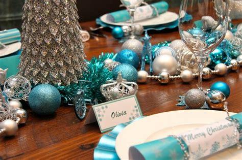 como debo decorar mi arbol de navidad azul y plata para un ambiente navide 241 o fresco y elegante