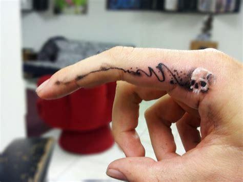 der neuste schrei finger tattoo 65 tattoo motive zum
