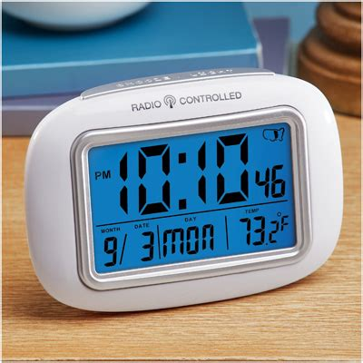 atomic radio controlled travel alarm clock from collections etc