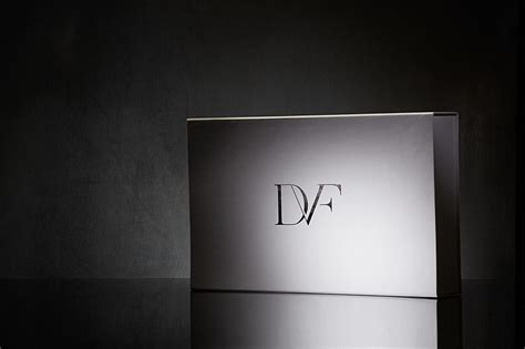 dvf luxury retail packaging