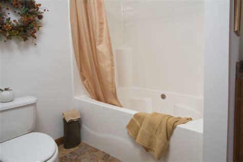 Garden Tub Shower by Garden Tub Shower Pennwest Homes