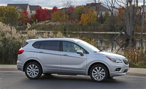 buick midsize suv 2017 buick envision affordable luxury crossovers best