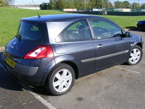 renault megane 2005 hatchback used 2005 renault megane hatchback grey edition 1 4