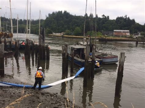 boat salvage washington state coast guard removes 200 gallons from sunken boat in