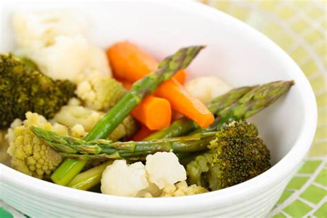 how to steam vegetables 4 easy methods