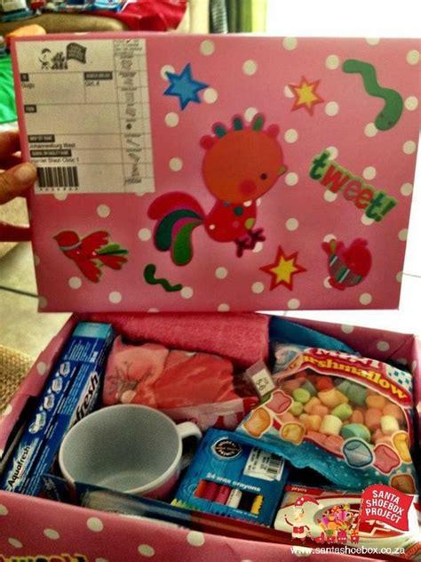 shoebox box ideas 23 best santa shoebox images on calligraphy