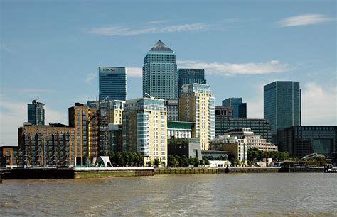 Europe Kitchen Design The Best Places To Stay In Canary Wharf