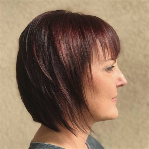 show the back of some modern womens medium length haircuts 42 sexiest short hairstyles for women over 40 in 2018