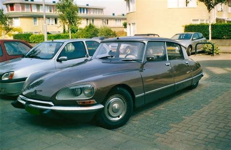 citroen ds rank citroen car pictures citroen ds 21 berline photos