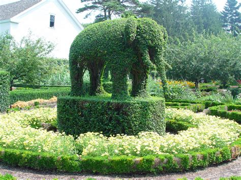 green animals topiary garden 10 17 be one with nature so rhode island