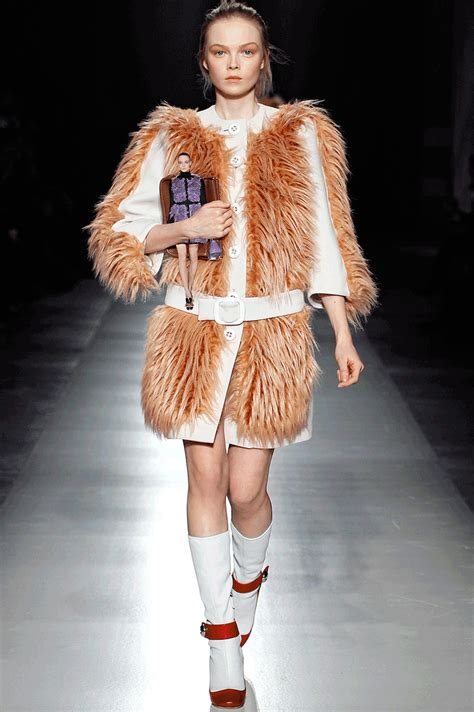 Miuccia Prada Bored With Fur by Miuccia Prada Gif By Fashgif Find On Giphy