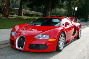 How Many Bugattis Are In The World Fast Cars Bugatti Veyron The Most Powerful Car In The World