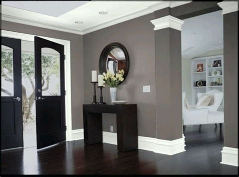 wall color wood floors foyer house ideas paint colors caves and paint ideas