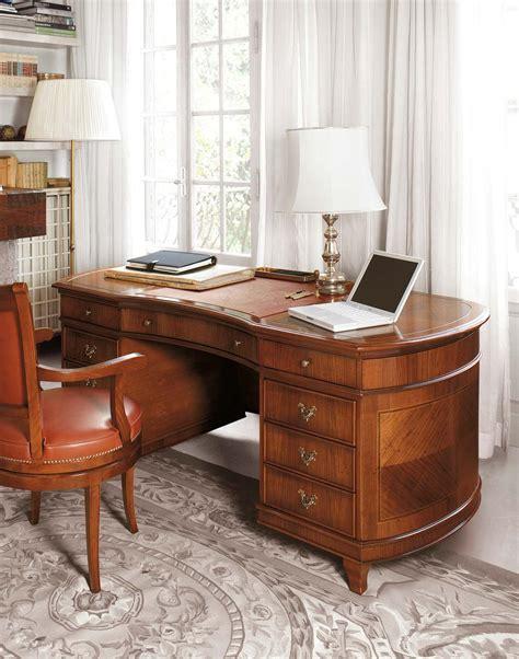 scrivania da studio pregiata scrivania da studio sagomata a fagiolo e