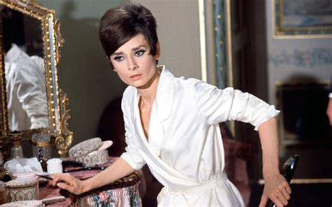 Nicoles Last Moments by 32 Iconic Style Moments Of Hepburn In The 1950s And