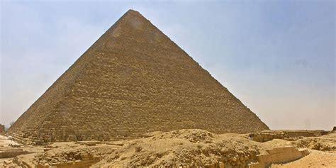 interieur pyramide de kh phren pyramide de kheops arts et voyages