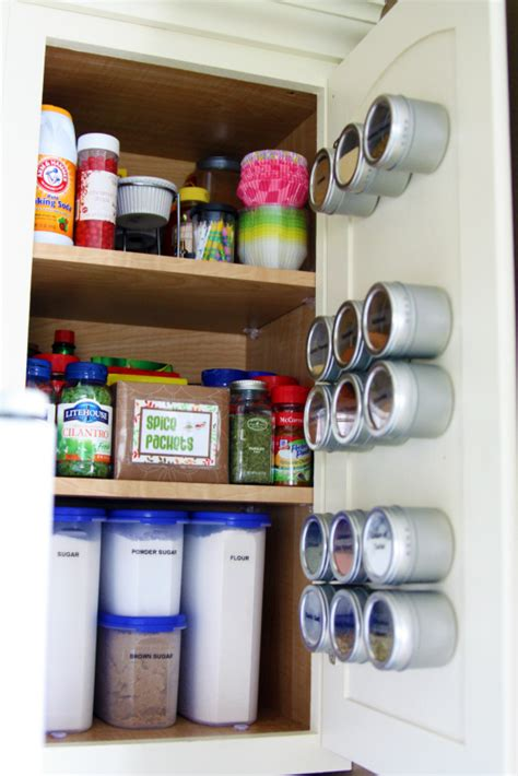 Spice Cabinet Organization by Kitchen Spice Organization Organize And Inspire