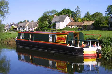 boating holidays cambridge middle level boating holiday upwell fox narrowboats