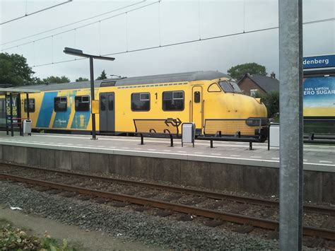 student aan huis hardenberg trein met pech op station hardenberg