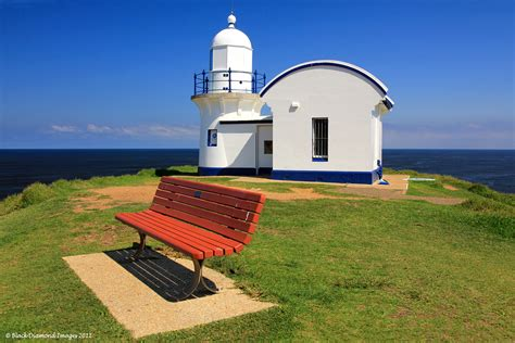 tacking point lighthouse built  port macquarie mid