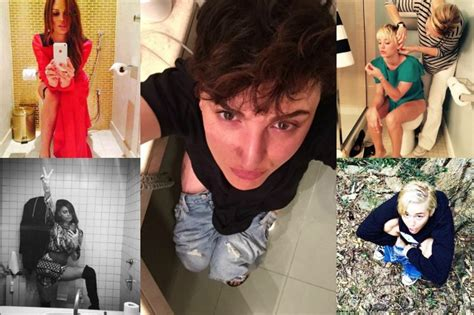 foto in bagno toiletselfie arisa su lancia la moda delle foto