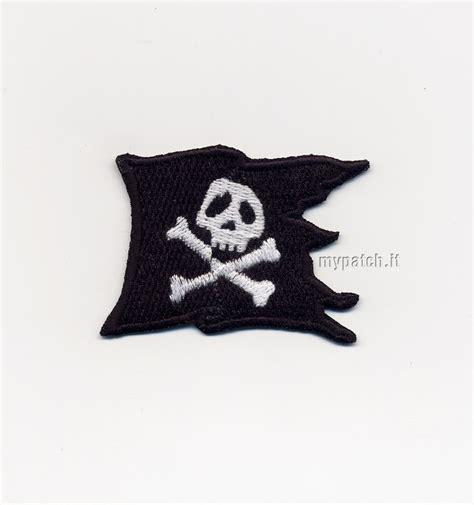 testo capitan harlock harlock flag bandiera pirata di capitan harlock