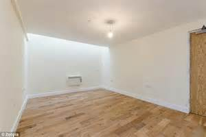 no bedroom apartment two bedroom brixton flat without any windows up for rent