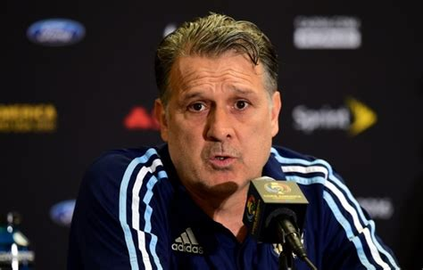 argentina coach former argentina coach martino heading to mls daily mail