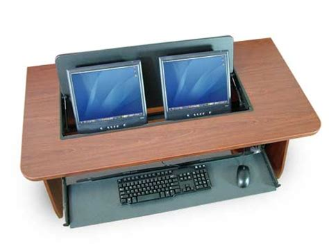 Desk For Two Monitors by Dual Monitor Computer Desktop Furnitureplans
