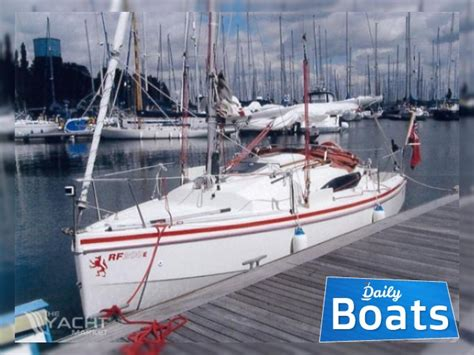 boat manufacturers essex red fox 200 e for sale daily boats buy review price