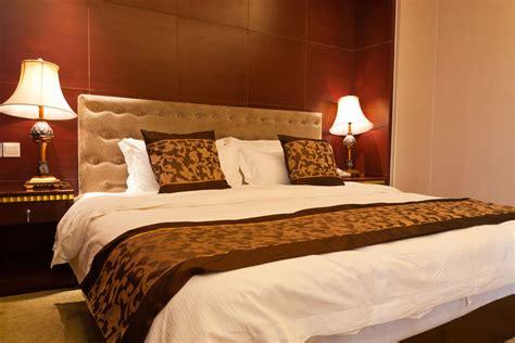 Will A California King Mattress Fit A King Bed Frame 中国和欧美床上用品的标准尺寸对比 问吧