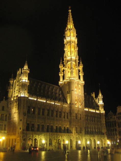 bruxelles turisti per caso bruxelles grand place viaggi vacanze e turismo