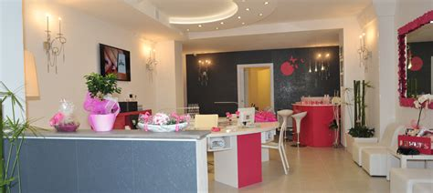 Nail Center by Vittoria Nails Center