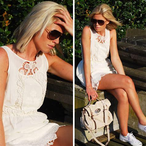 Anggelina Pita Blouse pita chicnova and tideshe blouse lookbook