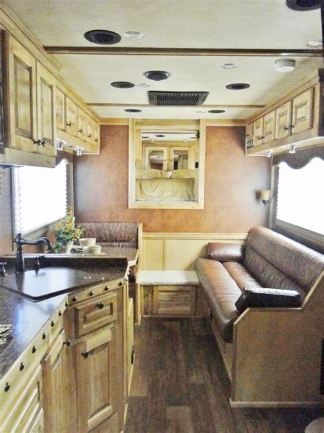 1000 images about living quarters horse trailer ideas on 1000 images about diy horse trailer living quarters on