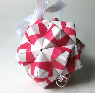 Stores That Sell Origami Paper - origami jewelry paper displays of affection mrsfatface