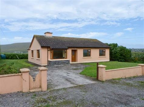 hogans cottages reencaheragh portmagee county kerry clynacartan