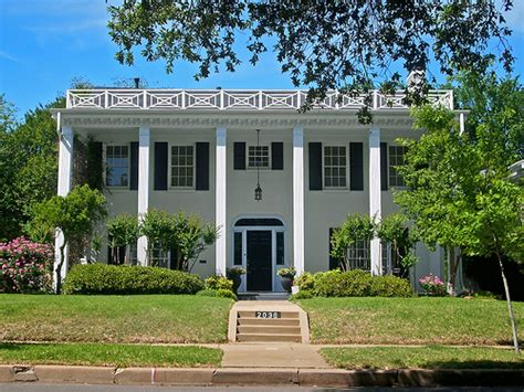 southern house styles southern colonial house style www imgkid com the image