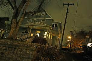13 metros with the most real life haunted houses