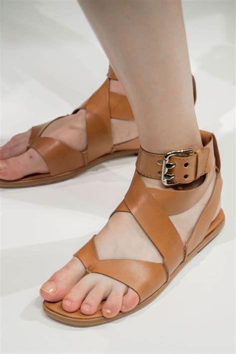 tendances chaussures femme printemps 233 t 233 2017 sandales plateformes sabots extensions shoes