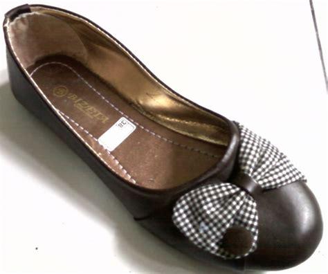 Sepatu Balet Gaul agustus 2011 barang unik murah baik