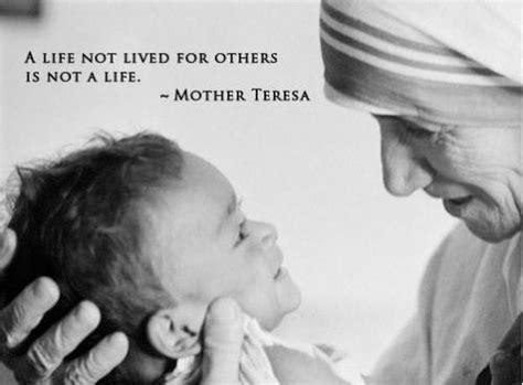 top 10 inspirational mother teresa quotes ohtoptens top 10 inspirational mother teresa quotes ohtoptens