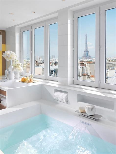 large luxury bathtubs 10 luxury bathtubs with an astonishing view