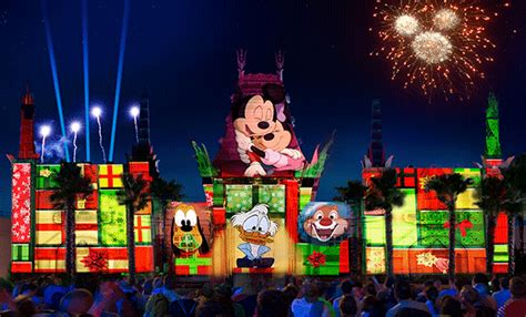 """Jingle Bell, Jingle BAM!"" for Christmas 2016 at Disney's Hollywood Studios   Disney Tourist Blog"