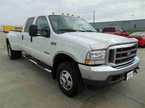 purchase   ford  xlt crew cab  dually