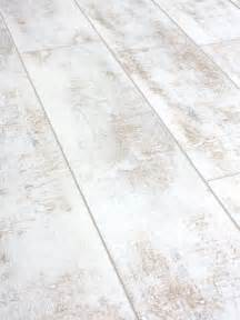 25 best ideas about white laminate flooring on pinterest grey laminate flooring grey