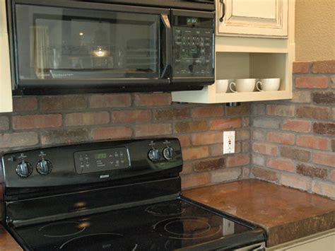How To Install A Backsplash In A Kitchen How To Install A Brick Backsplash In A Kitchen How Tos Diy