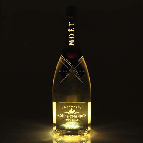 light up mo 235 t chandon brut imp 233 rial golden light up magnum 1 5l