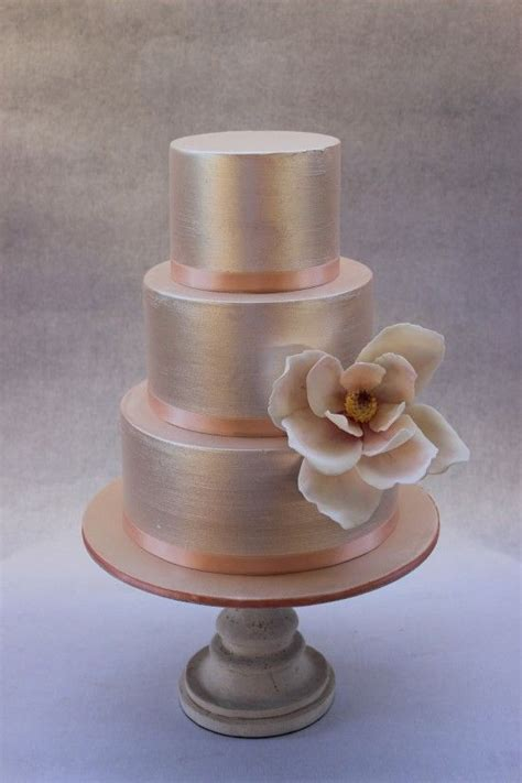 Wedding Cake Images Free by 25 Best Ideas About Chagne Wedding Cakes On